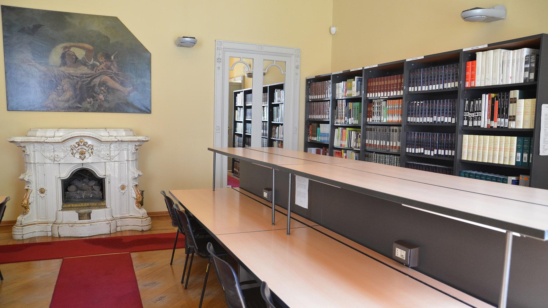 Biblioteca statale Stelio Crise