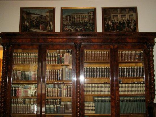 Biblioteca del Civico Museo Sartorio