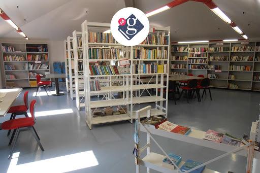 Biblioteca comunale di Sales/Občinska knjižnica v Saležu