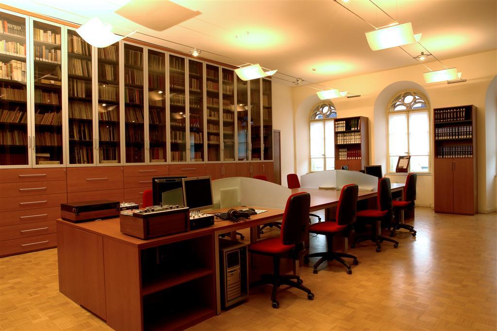 Biblioteca del Museo Teatrale Carlo Schmidl